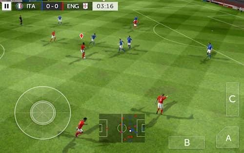 Скачать First Touch Soccer 2015 для Андроид